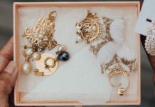 Where-You-Can-Buy-Vintage-Jewelry-From-on-successtuff
