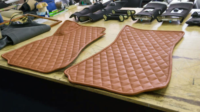 Things-to-Know-About-Premium-&-Luxury-Car-Floor-Mats-on-successtuff