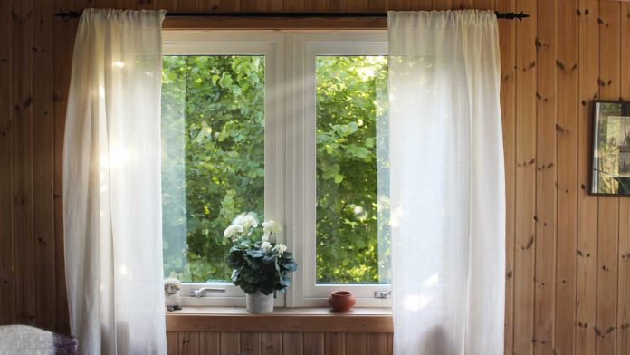 Practical-Tips-to-Repair-Your-Window-Screen-With-Ease-on-successtuff