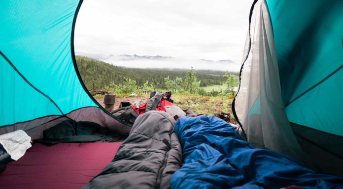 Your-Ultimate-Guide-to-Buying-Sleeping-Bags-successtuff