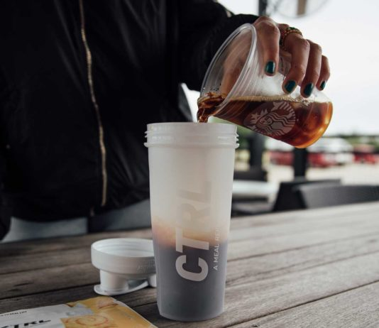 5-Amenities-of-Marketing-with-A-Blender-Bottle-on-SuccesStuff