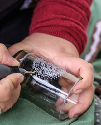 How-to-Laser-Engrave-Glass-&-Mirror-Without-It-Being-Damaged-on-successtuff